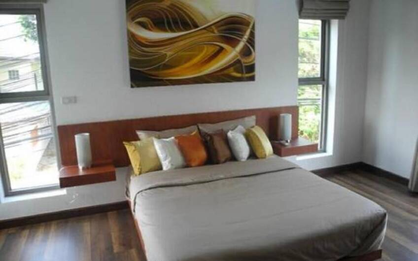 Saiyuan – Modern 3-Bedroom Private Pool Villa in Rawai