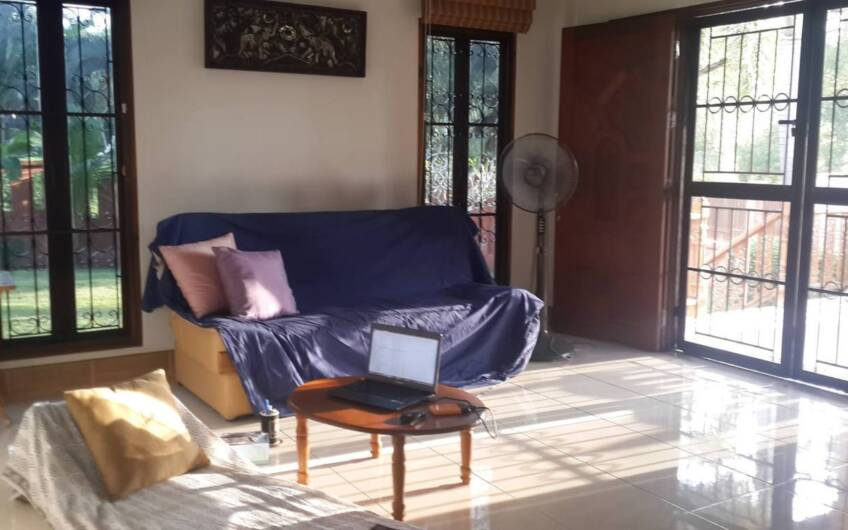 Attractive 3-Bedroom House with Large Garden in Bang Jo – SOLD