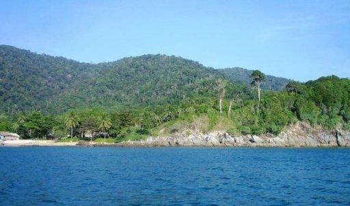 Koh Lanta – 35 Rai Beachfront Land with 400m Beach Frontage at Kantiang Bay