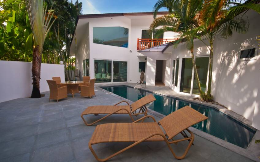Contemporary 3-Bedroom Pool Villa in Rawai for Long-term Rent