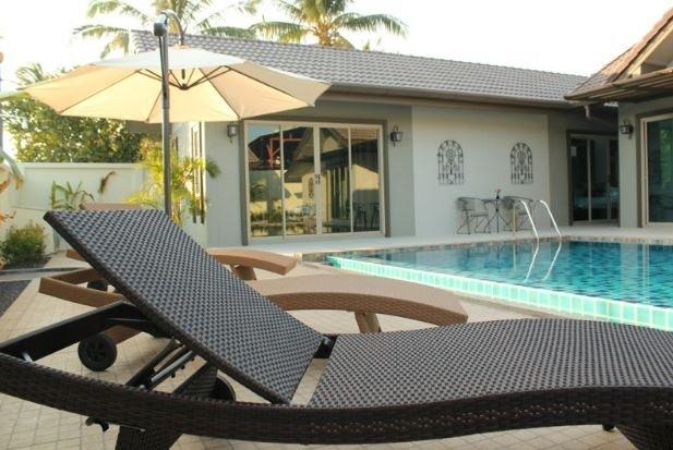 Baan Prayong – 5-Bedroom Pool Villa Close to Nai Yang Beach
