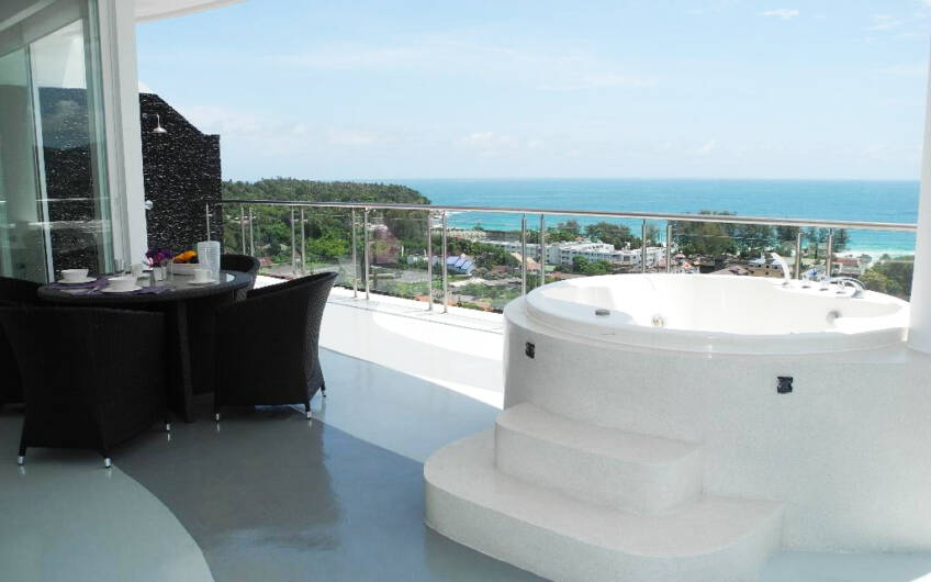 Sunset Plaza – Superb 4-Bedroom Sea View Penthouse in Karon