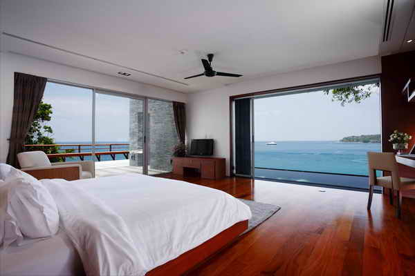 Laemsingh – Oceanfront 4-Bedroom Pool Villa with Stuning Panoramic Sea Views