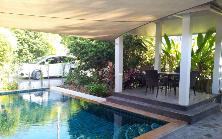 Bang Na – 3-Bedroom Pool Villa for Sale in Chalong
