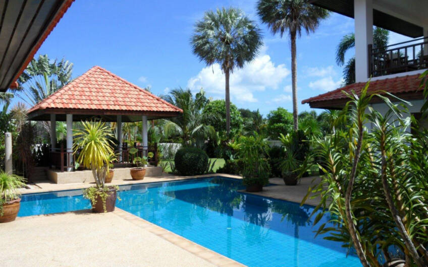 Mission Hills – Outstanding 5-Bedroom Pool & Golf Villa