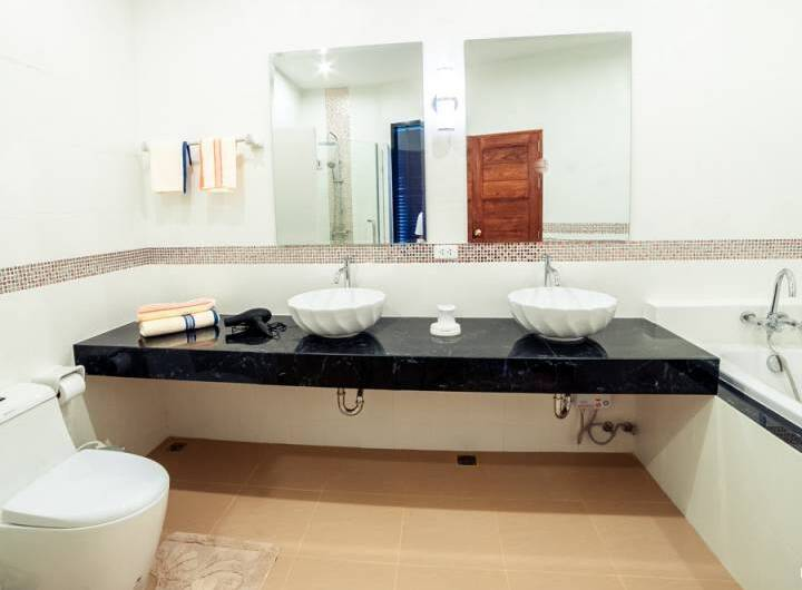 AP West Residence – Lovely 3-Bedroom  Townhouse in Kamala with Private Pool