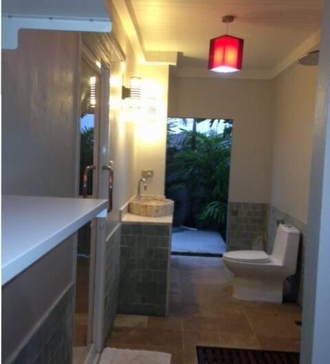 Baan Pasak – 3 Bedroom Pool House Pasak Area near Laguna