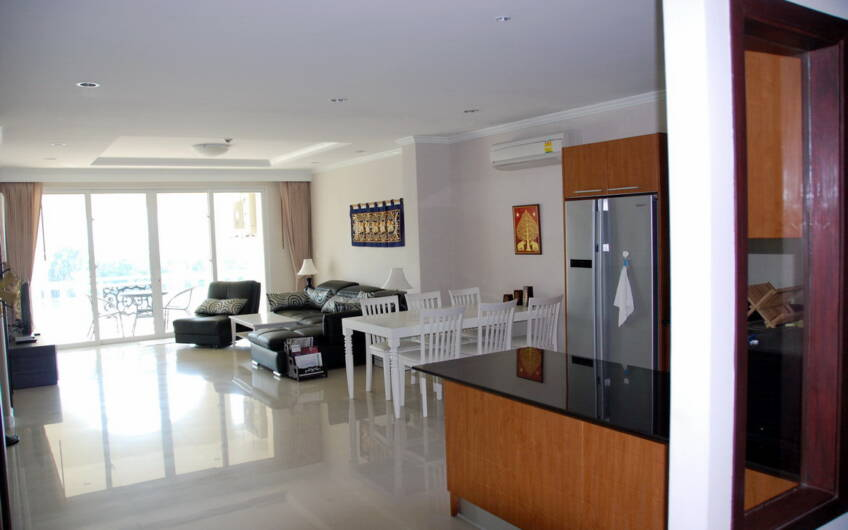 Heritage Suites – Impressive 2-Bedroom Penthouse in Kathu