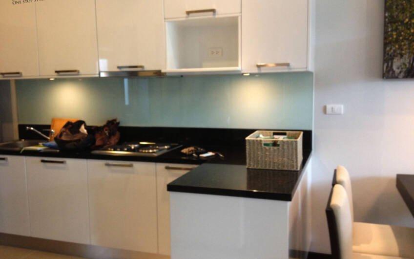 ONYX II – Neat 3-Bedroom Pool Villa in Nai Harn