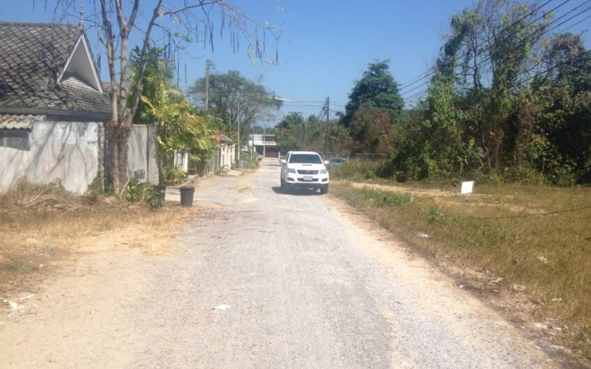 800 Sqm Flat Land for Sale in Bang Jo