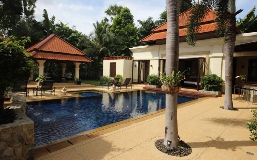 Sai Taan – Thai-Balinese Style Pool Villa near Laguna