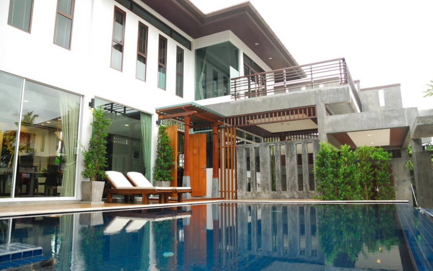 Sivana – Large Contemporary Pool Villa in Cherngtalay