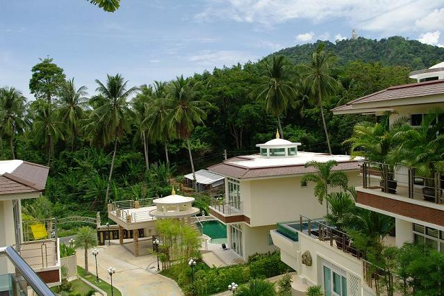 Kata Hill – Beautiful 5 Bedroom Pool Villa