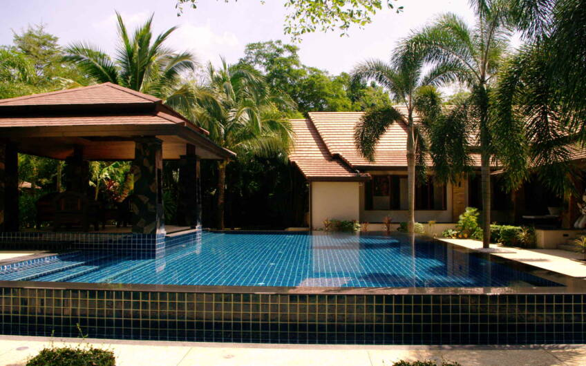 Villa Jasmine – Beautiful 4-Bedroom Pool Villa in near Mission Hill Golf Course