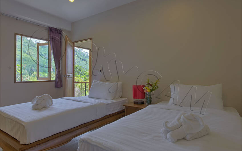 Outstanding 8-Bedroom Seaview Villa on Patong Hill