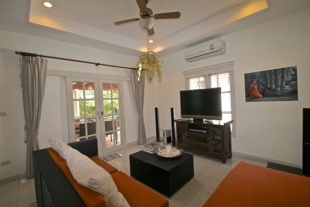 Kamala Nathong – Cool 2-Bedroom Pool Villa