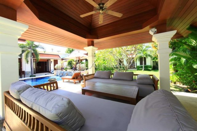 Sai Taan – An Ideal 4-Bedroom Pool Villa near Laguna & Bang Tao Beach