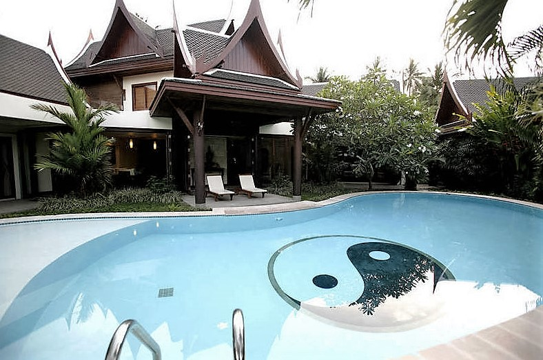 The Himmaphan – A Luxury 8-Bedroom Villa near Bang Tao Beach