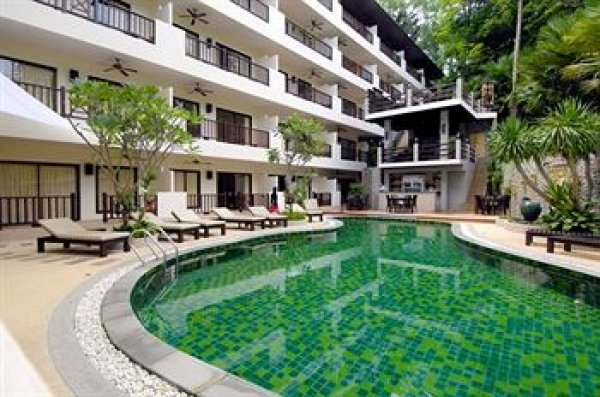 Surin Gate – 3-Bedroom Condo in Surin – SUPER BARGAIN
