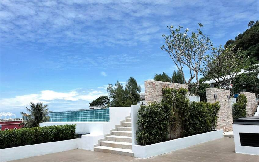 The Unity – Large 42sqm Studio Condo in Patong