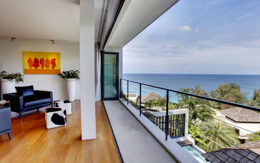 The Heights – High-End 3-Bedroom Sea View Condominium in Surin