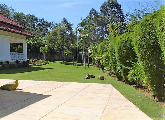 Unique Investment Opportunity – Fully Operational Estate of 5 Luxury Villas in Phuket North