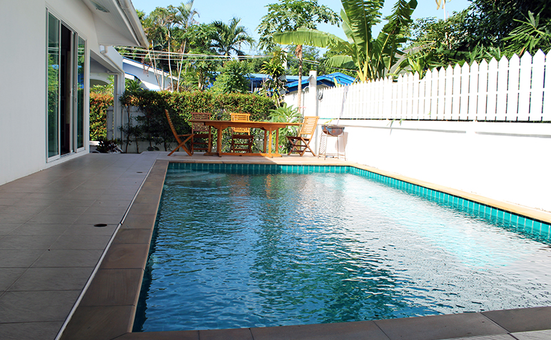 Modern 2-Bedroom Pool Villa in Rawai