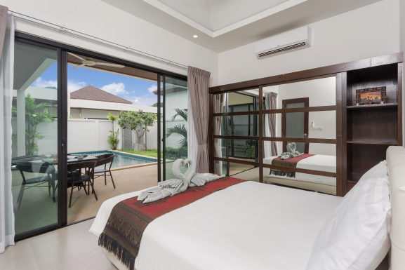 Nga Chang – Stylish 3-Bedroom Pool Villa in the South of Phuket Island