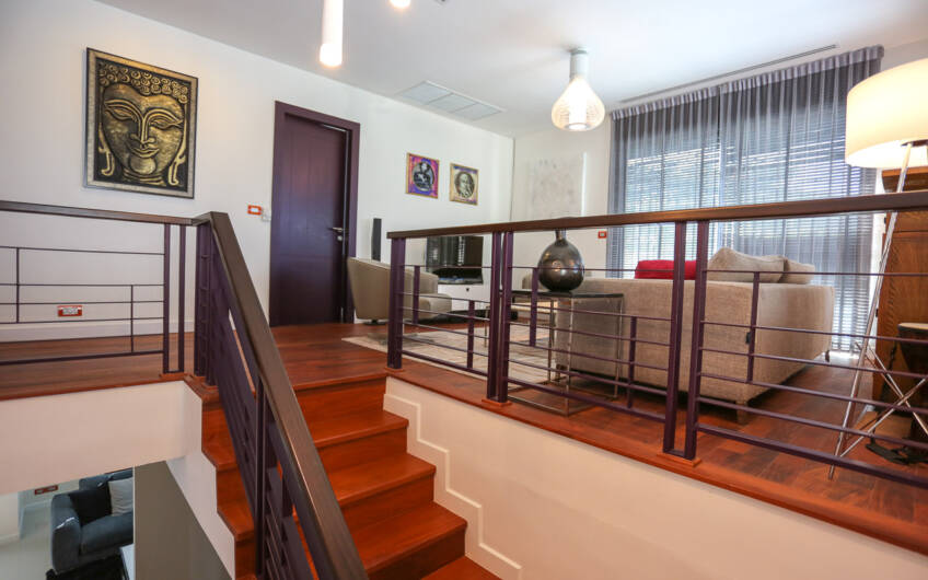 Burasiri – Immaculate 3-Bedroom Family Home in Central Location