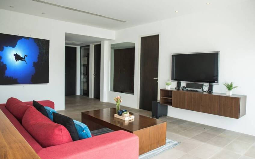 Surin Heights – Exquisite 3-Bedroom Ocean View Residence