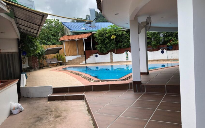 Central Patong – 12-Room Boutique Hotel with Popular 120-seat Restaurant